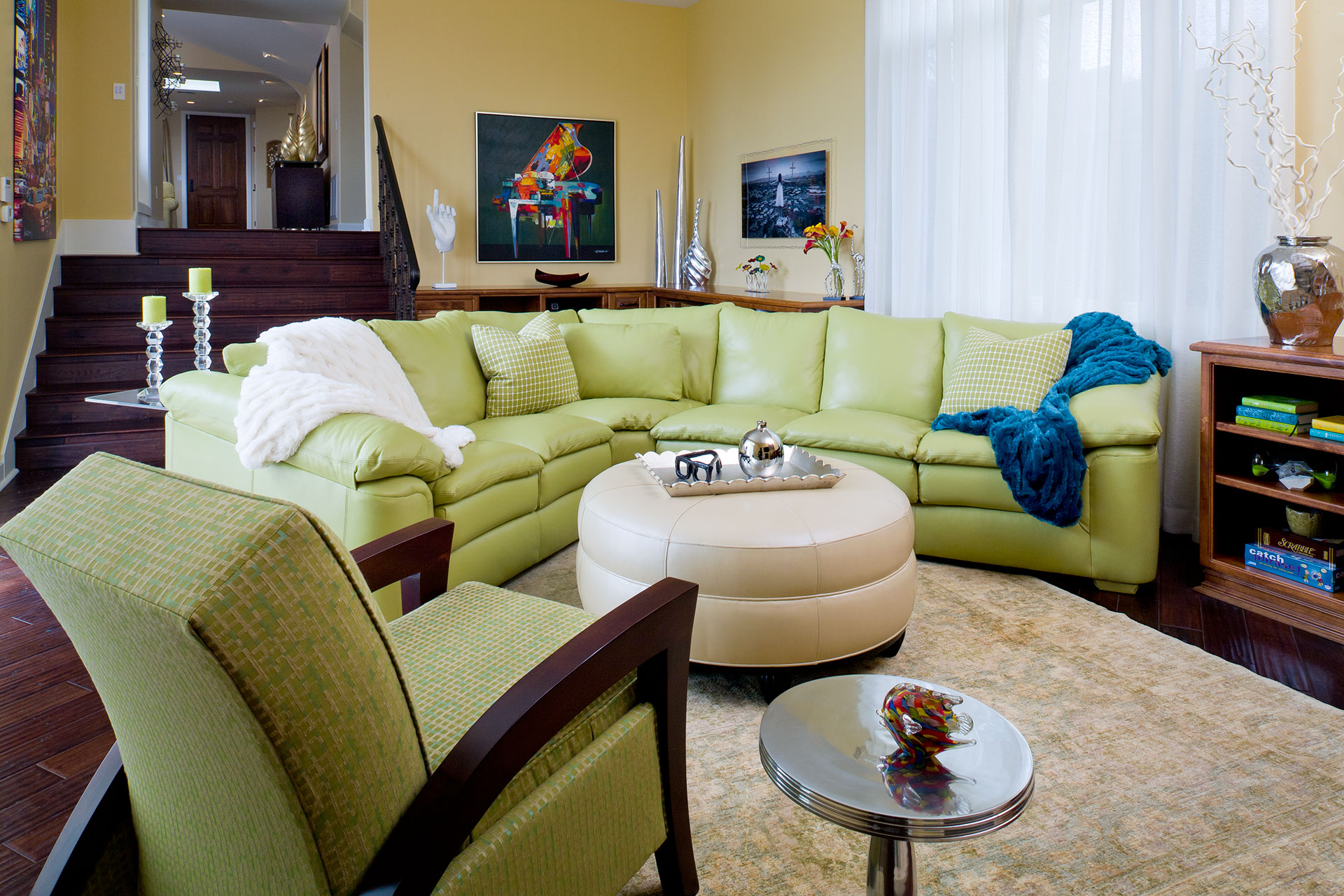 Colleen Pawling - Soft Contemporary Coastal Family Room