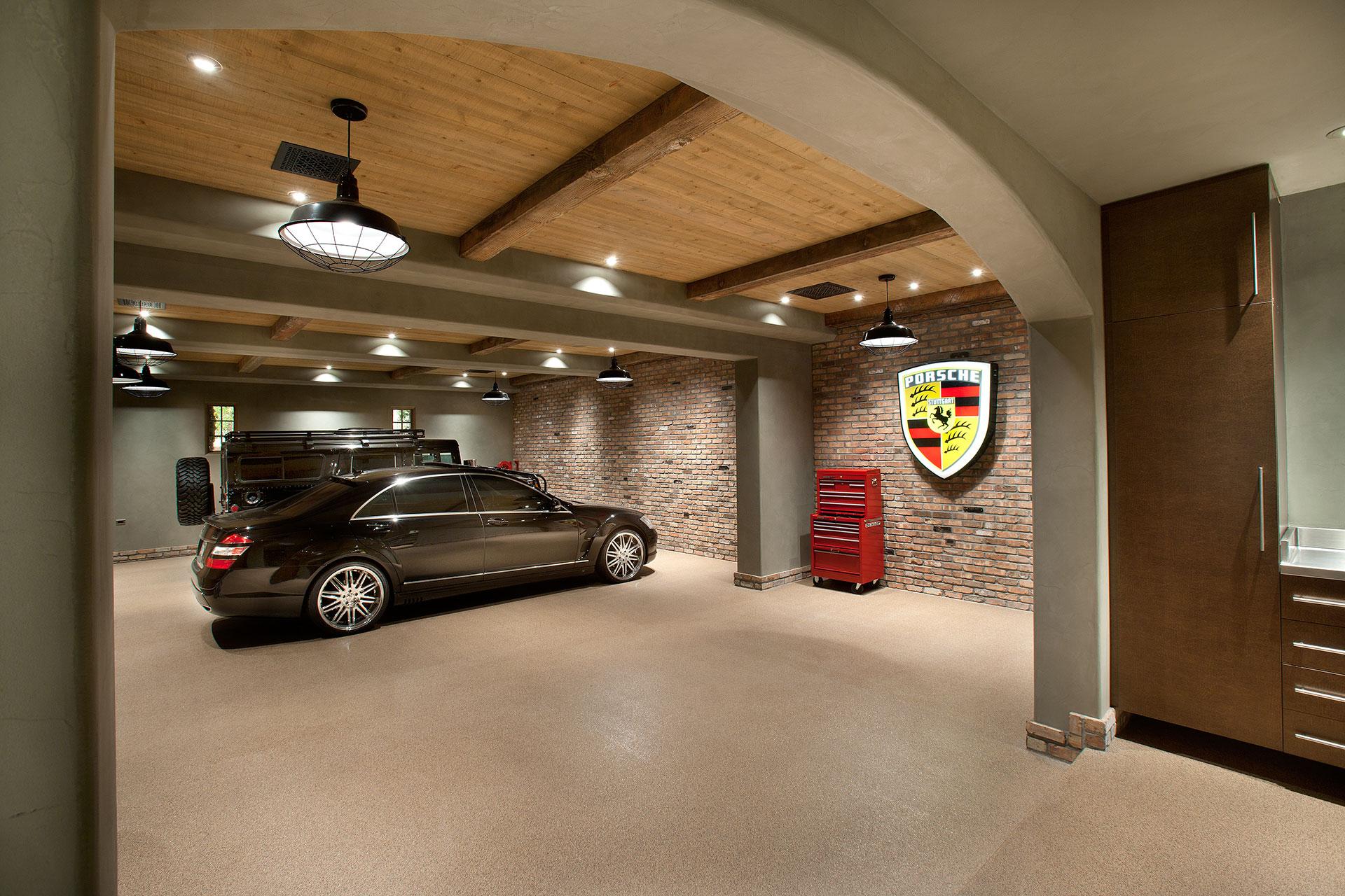 Gentleman S Garage : Misc pawling interior design